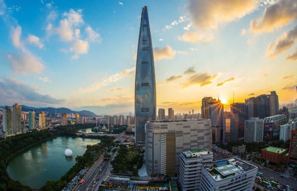 Лотте Уорлд Тауэр башня Сеул Южная Корея