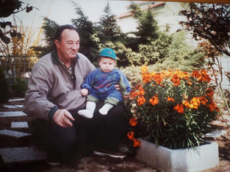 дедушка у Алессандро Витале